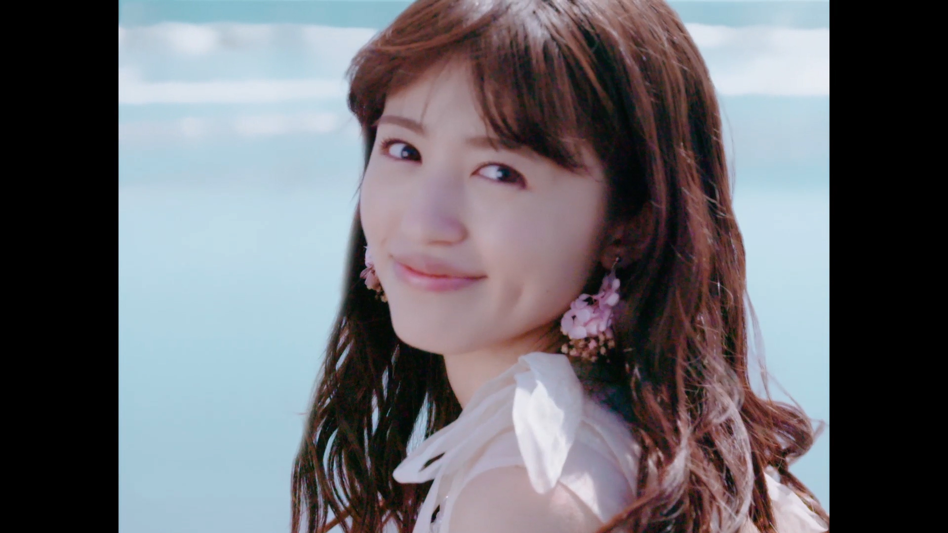 逢田梨香子「FUTURE LINE」Music Video
